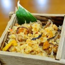 【ご夕食一例】 雲丹の炊込みご飯