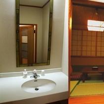 1室で2部屋楽しめる(1)