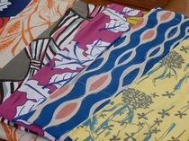 修善寺の雰囲気にあった落ち着いた色合いの色浴衣が人気です♪