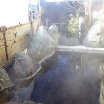 *露天風呂/爽やかな風に吹かれながら入浴時間。