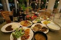 【夕食メニューの一例】アルコールに合うお料理もございます。