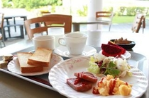 【朝食バイキングの一例】洋食メニューも豊富にご用意しております。