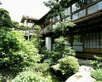 台町別館 庭