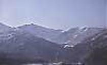 客室から見える冬山