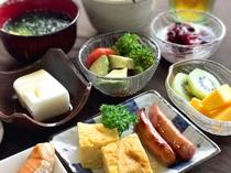 【健康朝食】デザートにはフルーツもご用意しております♪