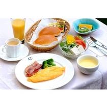【ご朝食*洋食】メインは日替わりの卵料理。