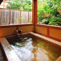 *「高砂」のお部屋にある露天風呂