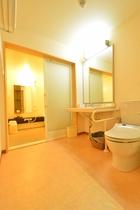 デラックスツインルーム     バストイレ1