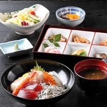 海鮮丼 【湯の里】