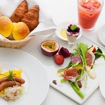 レストランハピナ(地場野菜と南国果実が中心の体にやさしい朝食)