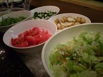 夕食 サラダ各種♪