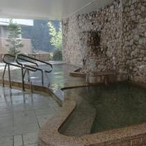 男性 天然温泉大浴場