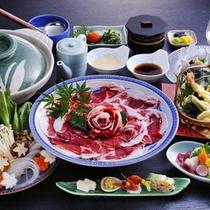 お料理一例(ぼたんしゃぶ鍋)