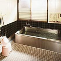 浴槽(麦飯石の湯)