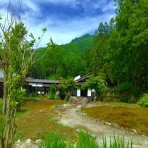 庭園と坂戸山
