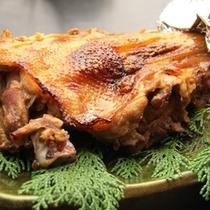地鶏モモ焼き
