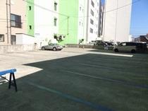 ●駐車場②●17台収容●