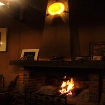 暖炉の様子①