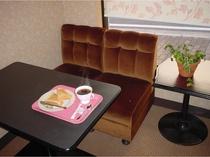 ★トースト&コーヒーの無料サービス