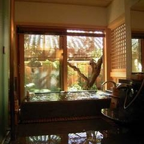離れ「桃山」客室風呂