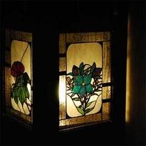 館内のステンドグラス