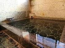 こんこんと湧き出る弓ヶ浜温泉をゆっくりお楽しみください