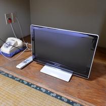 *訳あり2F和室6畳(客室一例)/客室が手狭なため、テレビは小型、省スペースの配置となります。