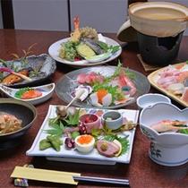 *お夕食一例(冬季限定)/旬の素材にこだわった心尽くしの品々。体の芯まで温まるお鍋付。