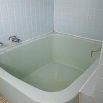 *女性専用家庭風呂/2名程が入れる内風呂が一か所。大浴場の貸切もご利用下さい。