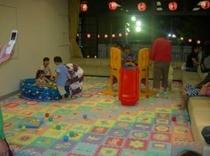 湯河原温泉・夏に3週間開催している納涼縁日(ちびっこ広場j)