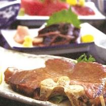 *【夕食一例】マグロのステーキ。おろしポン酢でさっぱりと。