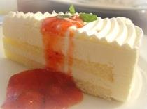 レアチーズケーキサービス
