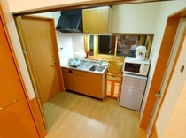 【別館スイートルーム】 電子レンジ、冷凍冷蔵庫も完備