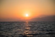 海から見る初日の出