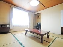 【本館一例】こちらのお部屋は喫煙可能です。