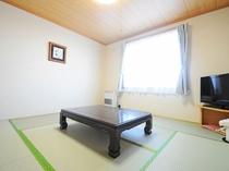 【禁煙・和室8畳】明るく清潔感のあるお部屋です。