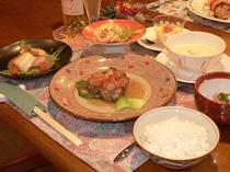 お夕食例(肉団子甘酢あん)