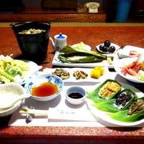 *【夕食一例】量・質ともに満足のいく心のこもったお料理です