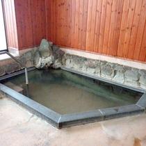 *【大浴場・男湯】日本百名山「妙高山」より引湯。「極楽極楽〜♪」