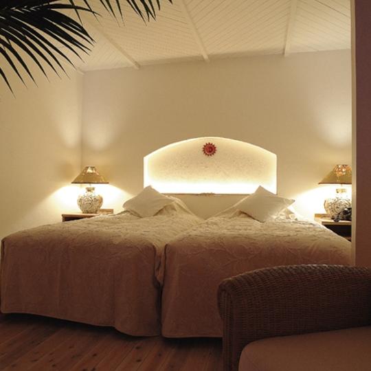 アイランドスイート12号室[室内8ベッドルーム] 写真提供:楽天トラヘベル