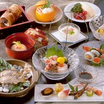 *【和の膳一例】食材の宝庫、滋賀の食材を使った会席コース。その時々の旬を味わっていただけますよ。