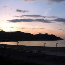 初夏の夕日