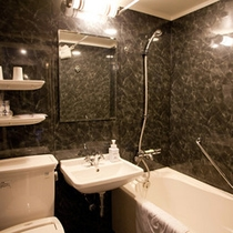 シングルバスルーム一例