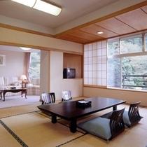 和室12.5畳(リビング、ひのき内風呂付)