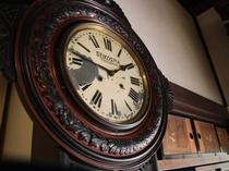 100年前の古時計。今も現役です。