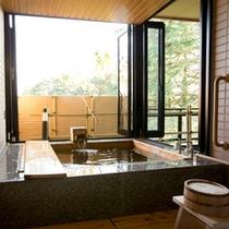 新館鳳凰・バリアフリー対応和洋室 窓付源泉露天風呂/一例