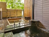 【新館鳳凰・ベッド付き特別室 浴室一例】