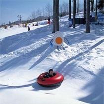 ハンターマウンテン塩原で雪遊び満喫★チュービング
