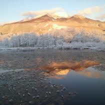 *【周辺/妙高山】妙高山は北信五岳の中では最高峰で、その姿に目を奪われます。