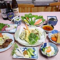 *【食事/夕食一例】ボリューム満点の夕食は肉・魚・野菜とバランスのとれた料理をお召し上がりください。